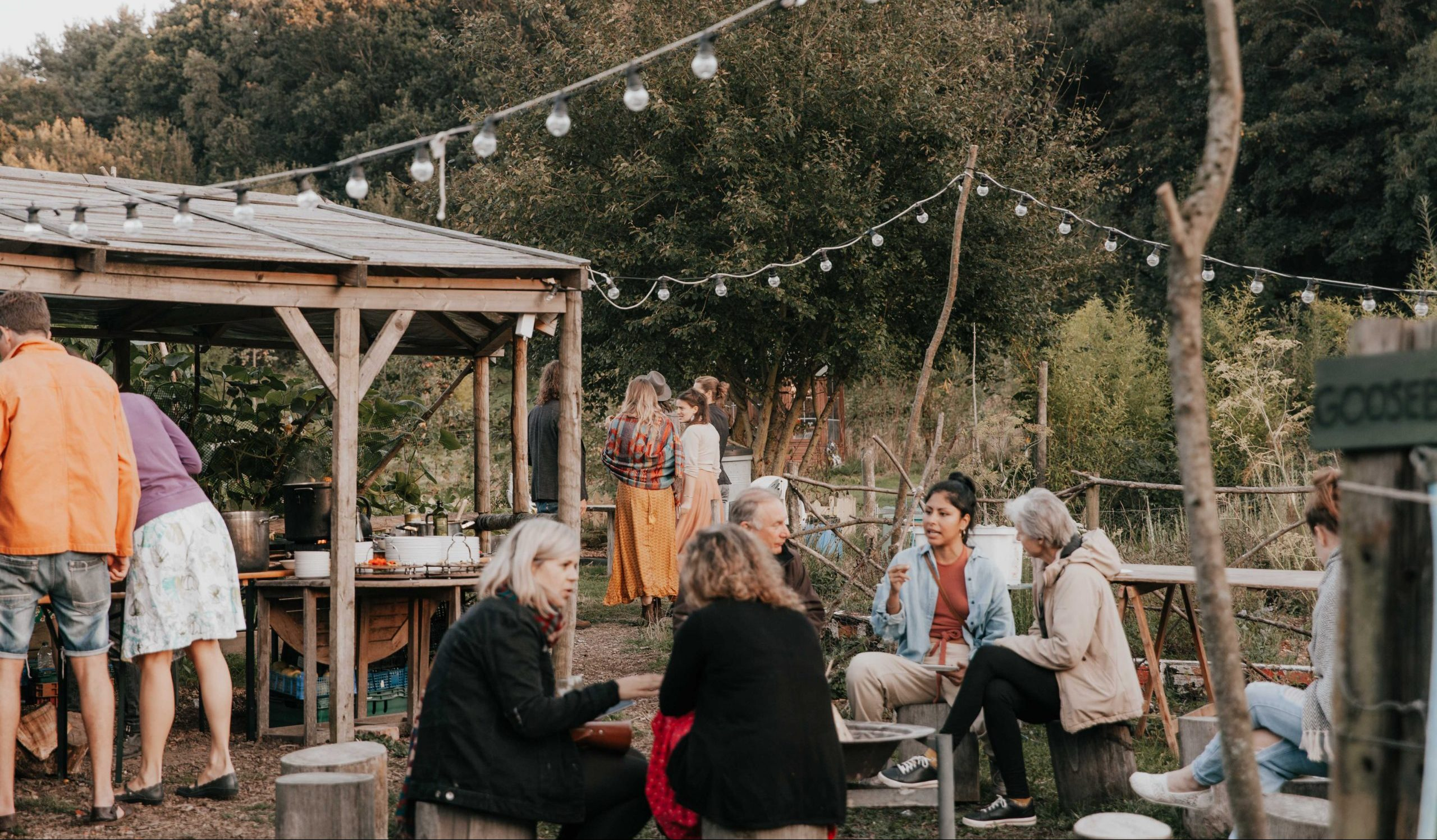 rock farm feasts - people outside